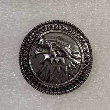 Stark's Wolf Head Brooch/Badge